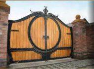 ساخت درب چوب و آهن برای ورودی ویلا