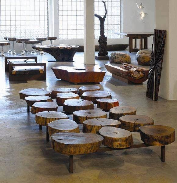 میز چوبی با تنه و ساقه درخت
