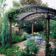 طراحی و اجرای سایبان و آلاچیق برای خانه باغ