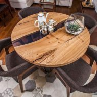جدیدترین مدل های میز غذا خوری چوب و رزین