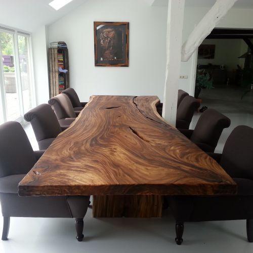 مدل های جدید میز ناهار خوری 8 نفره با چوب روستیک